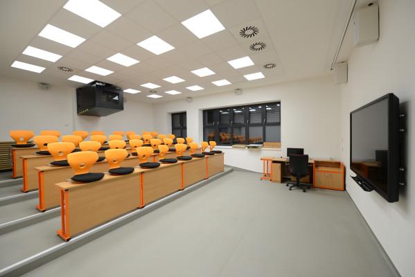 Nadstavba a rekonstrukce Základní školy Nuselská v Havlíčkově Brodě