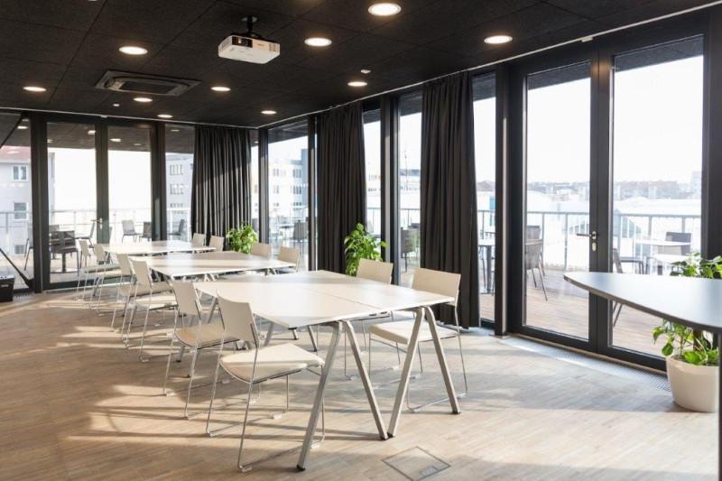 Coworkingové centrum sítě Impact Hub v Brně otevřeno