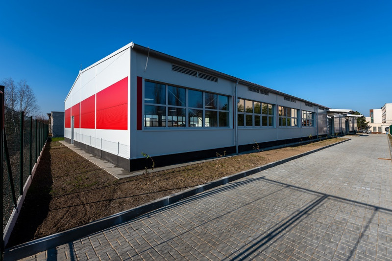 New warehouse for Secondary school of Civil Engineering in Plzeň was finished