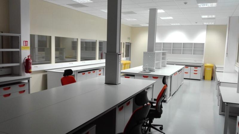 Rekonstrukce laboratoří spol. Philip Morris ČR a.s. dokončena